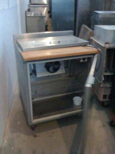 Refrigerated salad table stainless steel