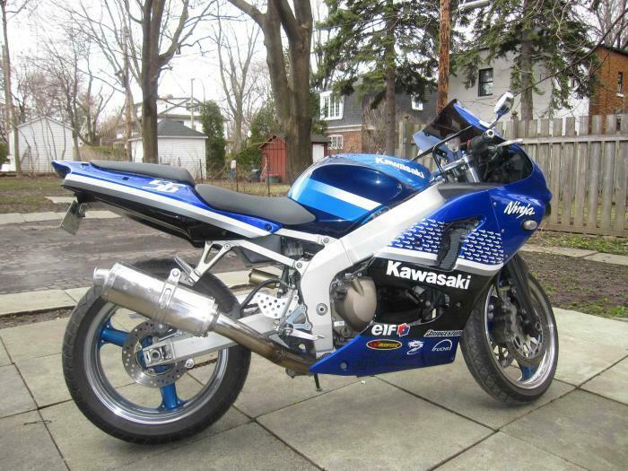 2001 Kawasaki Ninja SUPERBE CONDITION