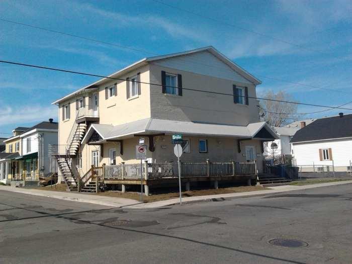 6 logement,commercial,terrain