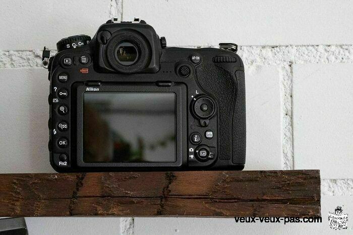 Appareil photo Nikon D500 comme neuf sans défauts