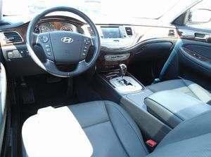 Hyundai Genesis 2011 usagé