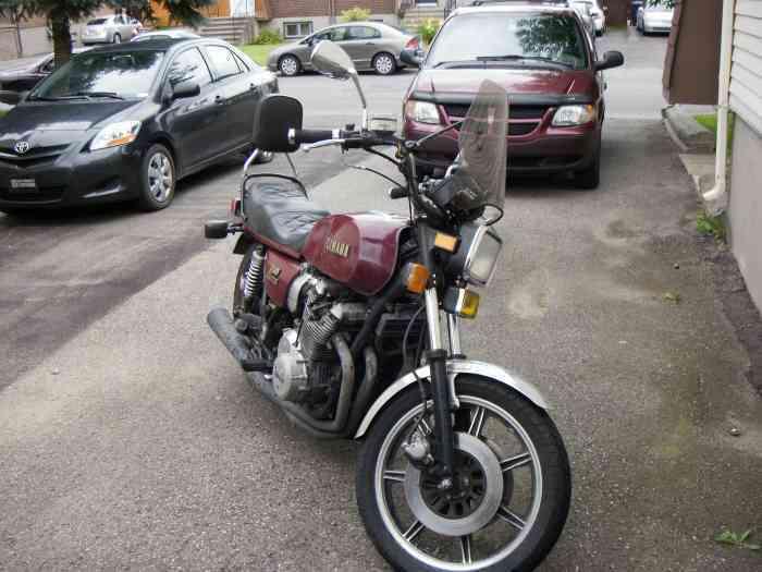 Moto Yamaha XS Eleven 1978